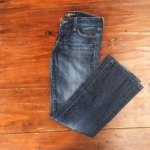 Lucky brand Lola boot cut jeans sz 2 length 26